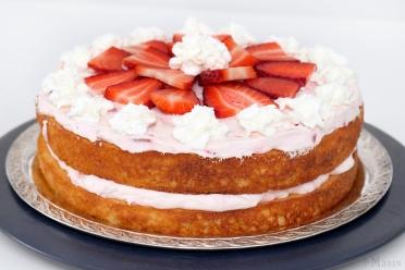 Strawberry cream cake sm