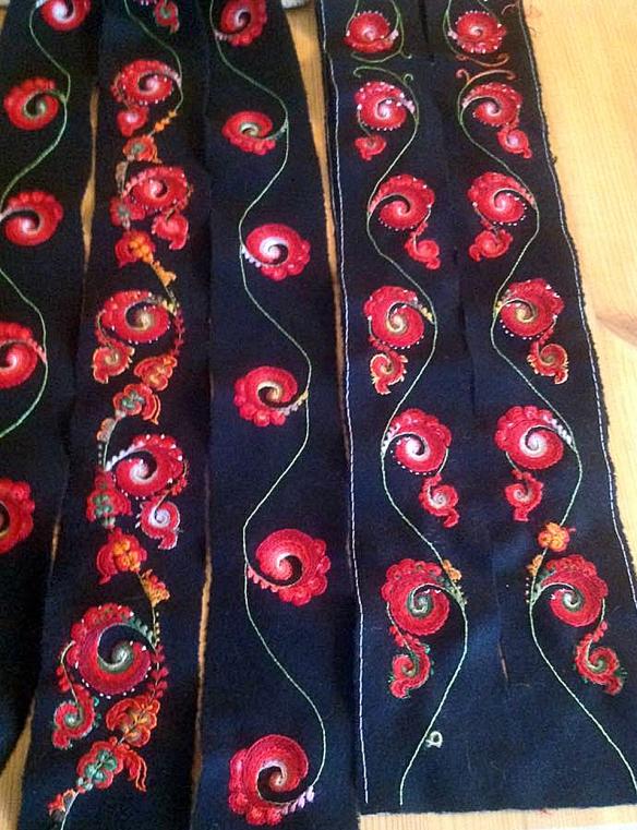 Rosesaum av Ragnhild Hjeljord 1 crop_edited-1