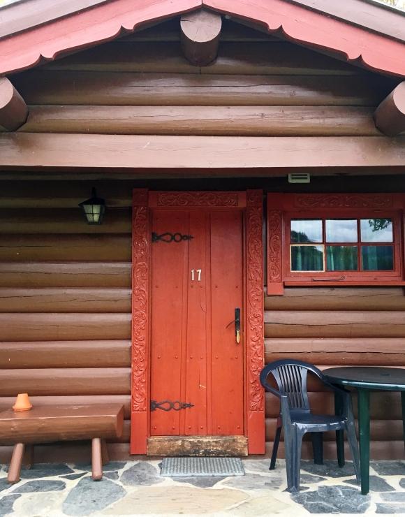 cabin-17-front-door_sm