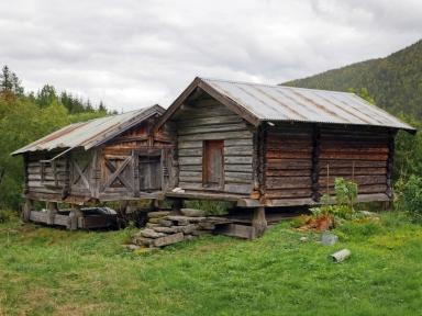Husevold gård stabbur