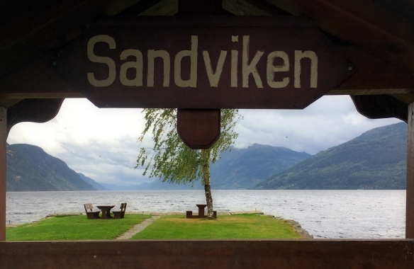 saturday-sandviken-sign-sm