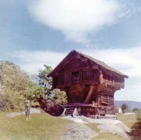 thora-at-bergn-stabbur-1962