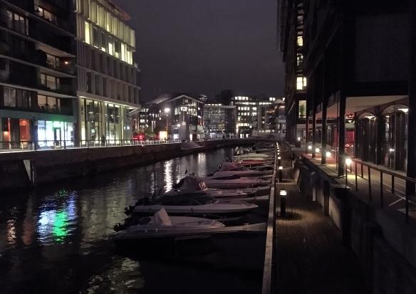 monday-tjuvholmen-night